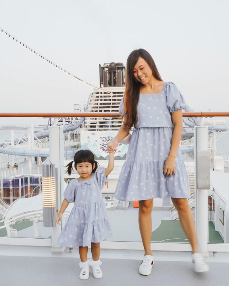 best-maternity-wear-singapore-jump-eat-cry