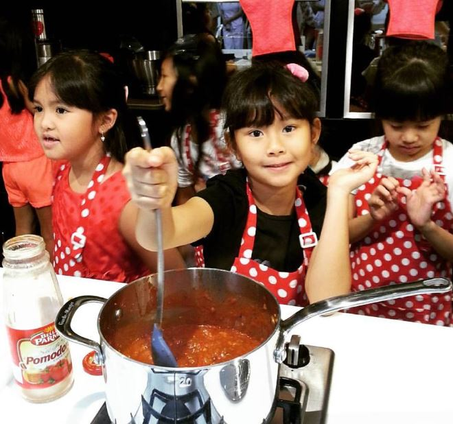 Top Cooking Classes For Kids In Jakarta - Almond Zucchini Cooking Studio